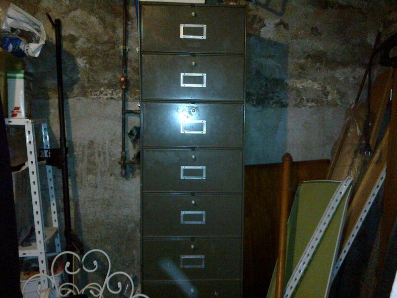 meuble casiers. Black Bedroom Furniture Sets. Home Design Ideas